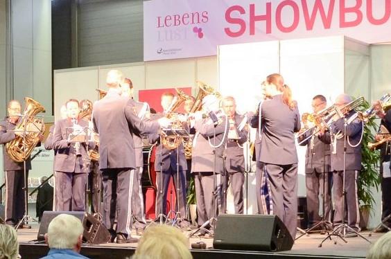 Polizeimusik Wien 2 Lebenslust Eröffnung Showbühne